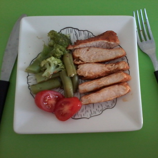 Peru com legumes